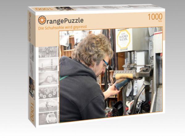 """Puzzle Motiv """"Die Schuhsohle wird gepresst"""" - Puzzle-Schachtel zu 1000 Teile Puzzle"""