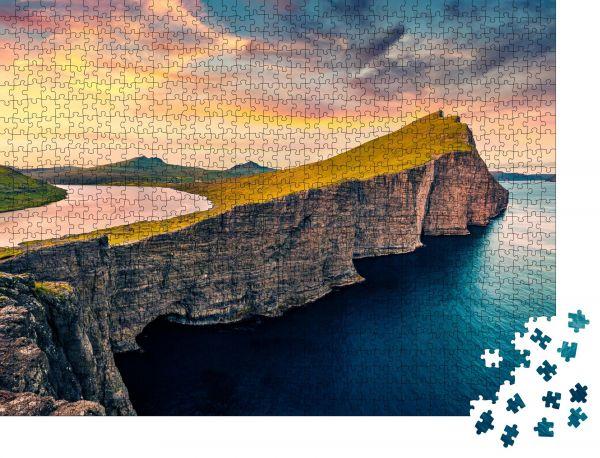 """Puzzle-Motiv """"Blick von der fliegenden Drohne aus"""" - Puzzle-Schachtel zu 1000 Teile Puzzle"""