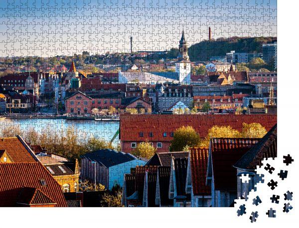 """Puzzle-Motiv """"Blick auf das zentrale Aalborg und die Uferpromenade von Nørre Sundby aus"""" - Puzzle-Schachtel zu 1000 Teile Puzzle"""