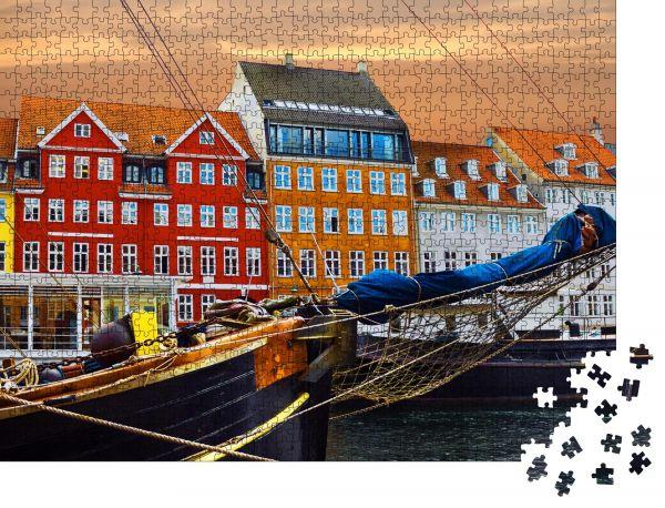 """Puzzle-Motiv """"Kopenhagen, Dänemark. Yacht- und Farbhäuser in Nyhavn am Meer"""" - Puzzle-Schachtel zu 1000 Teile Puzzle"""