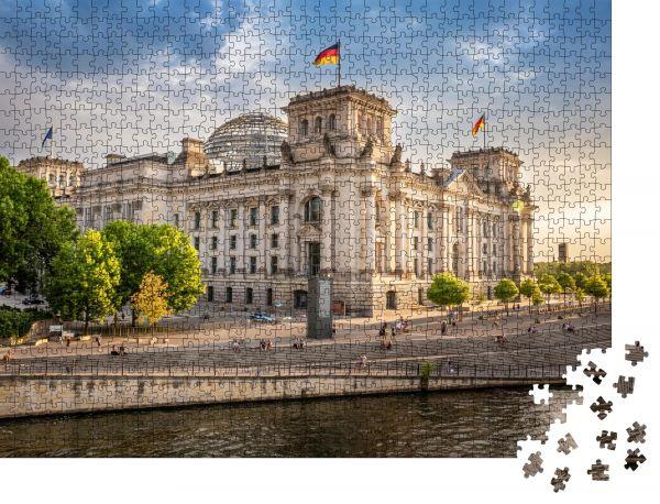 """Puzzle-Motiv """"Regierungsviertel in Berlin, Deutschland"""" - Puzzle-Schachtel zu 1000 Teile Puzzle"""