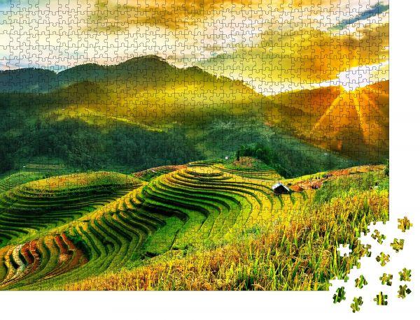 """Puzzle-Motiv """"Reisfelder auf Terrassen von Mu Cang Chai, YenBai, Vietnam. Vietnamesische Landschaften"""" - Puzzle-Schachtel zu 1000 Teile Puzzle"""