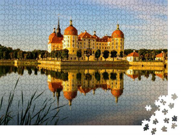 "Puzzle-Motiv ""Historisches Jagdschloss Moritzburg, Barockschloss Moritzburg"" - Puzzle-Schachtel zu 1000 Teile Puzzle"